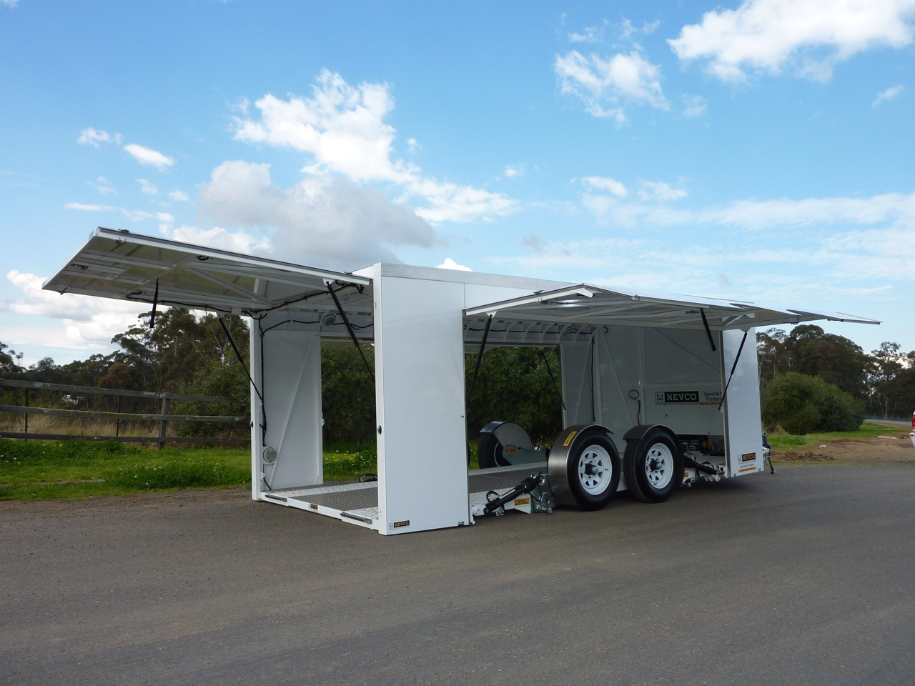 Enclosed car trailer nevco engineering for Side by side plans