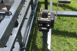 EZY LOAD_Lite winch detail