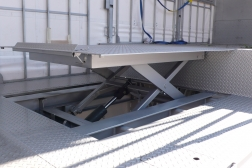 e-vehicle-mounted-lifting-solutions